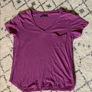 Abercrombie v neck T Shirt